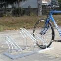 Klasik jednostranný stojan na kola